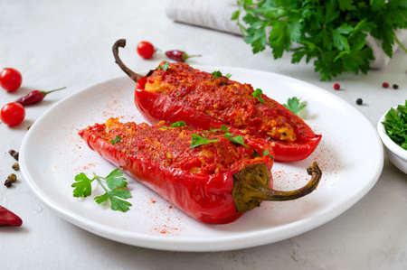 Tasty peppers stuffed with chicken, lentils and tomatoes. Simple and useful dish.