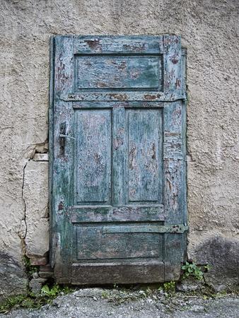 threw: old wooden blue doors