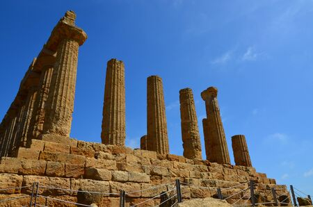 Ancient Greek Temple of Juno Valley of the Temple, Agrigento 版權商用圖片