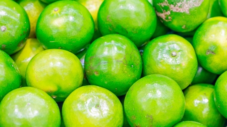 green citrus tangerina photo