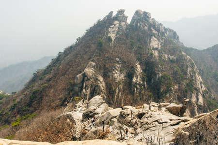 peak of stone in Bukhansan national park, Seoul - sep, 2019 Редакционное