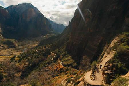Zion National Park is an American national park located in southwestern Utah near the town of Springdale. Banco de Imagens