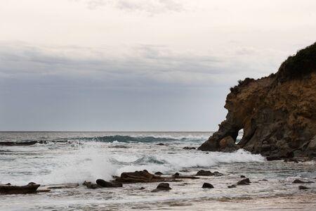 在日落的Kilcunda海滩在风雨如磐的天