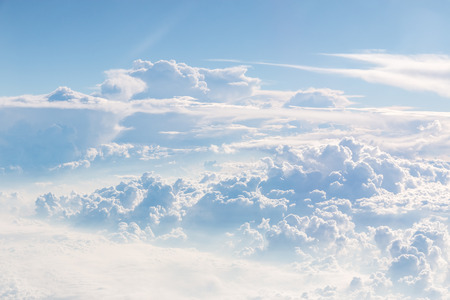 Cloudscape Blue sky and white cloud. Sunny day Imagens