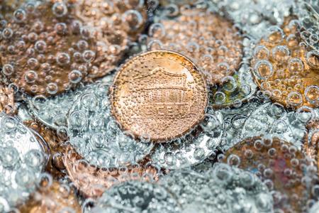 market bottom: Treasure under water