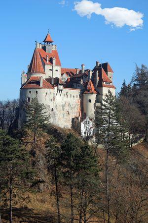 Volver la vista de la Castillo de Bran, Rumania Foto de archivo