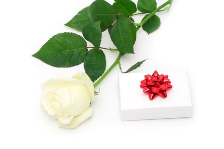 Red rose and a white gift box Stock Photo - 733489