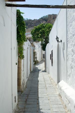 lindos: Narrow street in Lindos, Rhodes, Greece