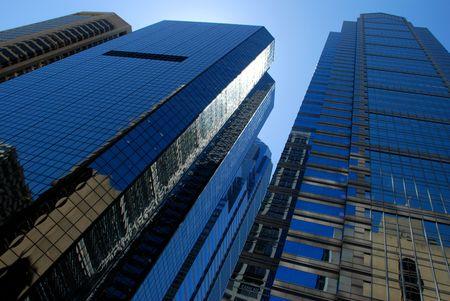필라델피아: Several Skyscrapers looking towards the sky in Philadelphia.