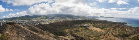diamond head: Panoramic view of top of Diamond Head, on Oahu, Hawaii.