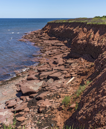 maritimes: Red Rocks and cliffs on Cavendish Beach (Portrait), Prince Edward Island National Park, Canada Stock Photo