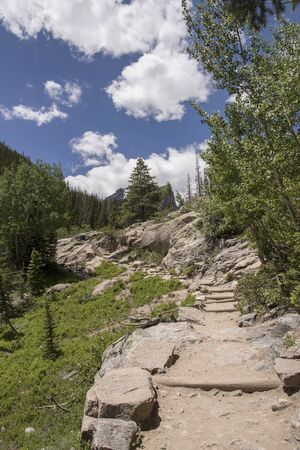 Emerald Lake Hiking Trail in Rocky Mountain National Park, Colorado. Banco de Imagens