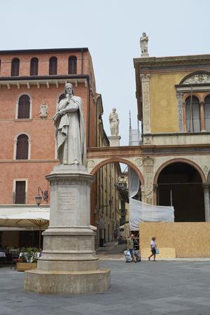 dante alighieri: VERONA, ITALY - JULY 13: Statue of Dante Alighieri at the Piazza dei Signori. July 11, 2015 in Verona.