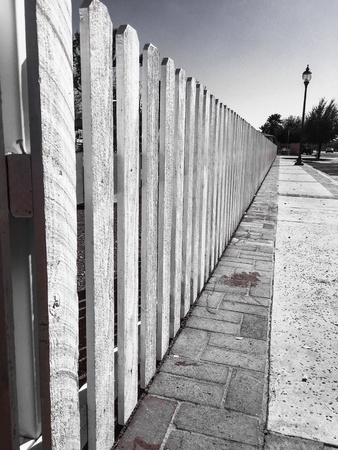 picket fence: Picket fence in the neighborhood