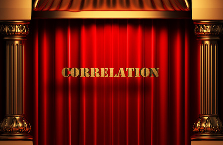 correlation: Golden word on tenda di velluto rosso