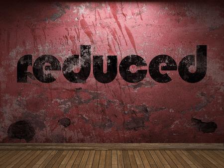 reduziert Wort auf roter Wand