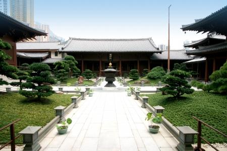buddhist temple roof: Chi Lin Nunnery, Hong Kong
