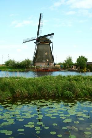 traditional windmill: Traditional windmill in Kinderdijk, the Netherlands Stock Photo