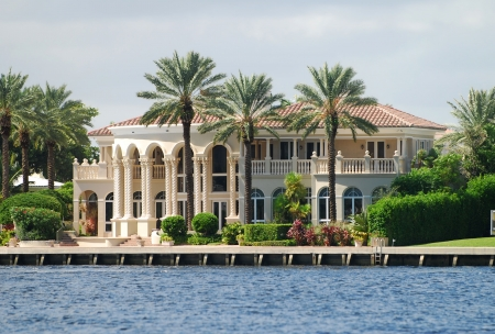 Prime waterfront Ft Lauderdale real estate