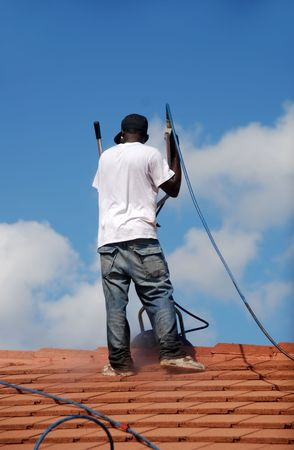 illegal: Roof pressure washing
