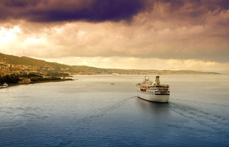 depart: Coastline with dramatic sky Stock Photo