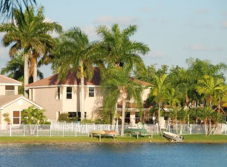 gated: Waterfront real estate in FLorida