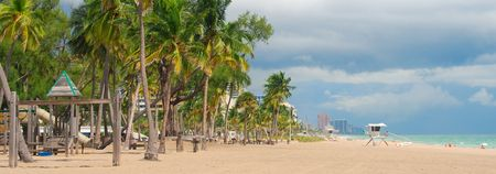 shorelines: Wide panoramic view of Fort Lauderdale Beach, Florida
