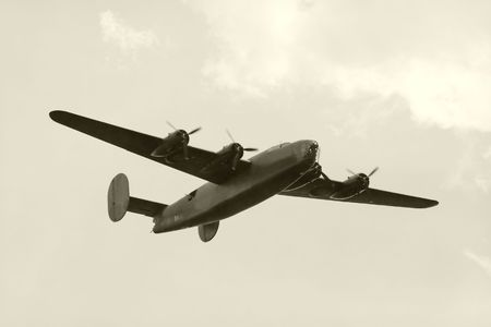 worl: Worl War II era American heavy bomber