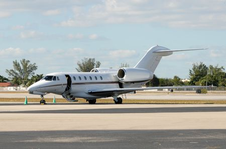corporate jet: Luxury private jet for business charters