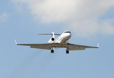 Modernen Jet-Flugzeug zu chartern Business Travel Standard-Bild - 4149452