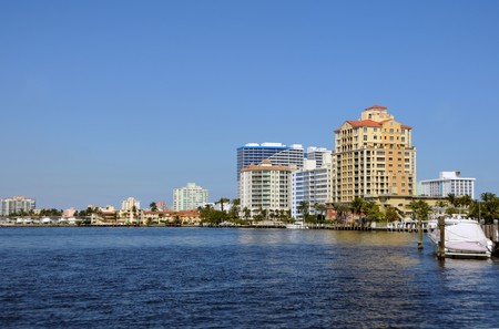 inlet bay: Waterfront buildings and scenery from Miami Beach, Florida