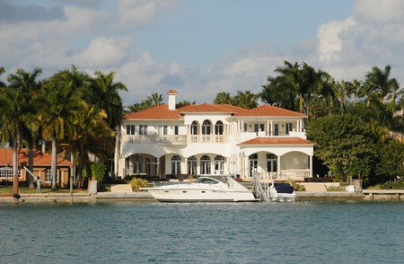 expensive: Luxurious waterfront mansion in miami Beach, Florida