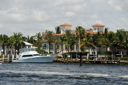 Expensive waterfront real estate in Fort Lauderdale, Florida Stock Photo - 5074172