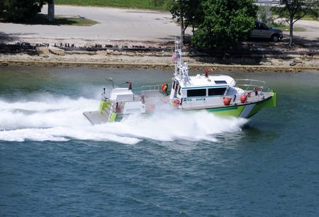 Fire boat from the emergency port services