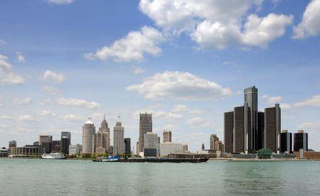 Downtown en waterkant skyline van Detroit, Michigan