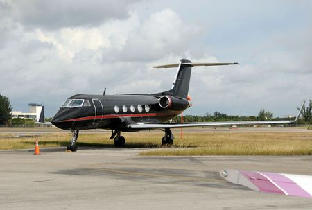 Luxury private jet painted black color Stock Photo - 5774448