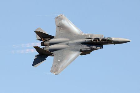 US Air Force jet op hoge snelheid