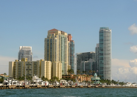 Luxury apartment units in Miami Beach, Florida photo