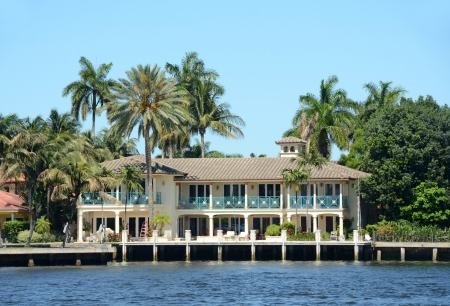waterway: Expensive waterfront real estate in Fort Lauderdale, Florida
