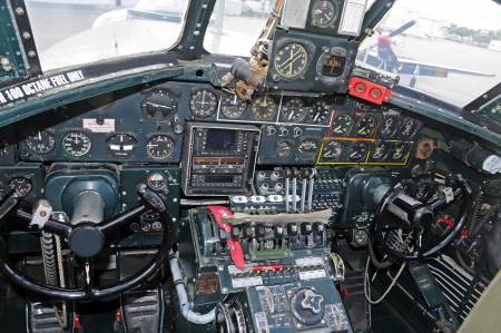World War 2 era bomber cockpit interior view Редакционное