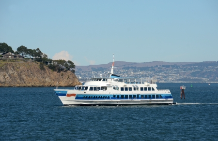 ferries: Ferry boat carrying passengers in the San Francisco Bay