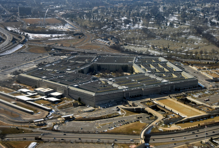 US Defense Department Petagon seen from above 에디토리얼