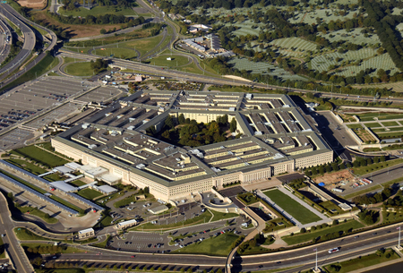 US Pentagon in Washington DC building looking down aerial view from above Archivio Fotografico - 110870144