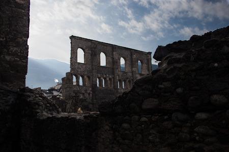 roman amphitheatre: Anfiteatro romano Foto de archivo