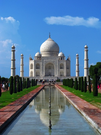 Taj Mahal, the amazing mausoleum in Agra (India), one of the highlights of worldwide architecture of all times. Stock Photo - 10546090
