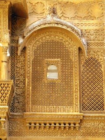 haveli: Palace of the Maharajah in Jaisalmer, the magnificent Golden City in the heart of Rajasthan (India), surrounded by the desert of Thar Stock Photo