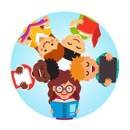 Los niños la lectura que pone en la parte posterior de la cabeza círculo para la cabeza. Concepto juntos Educación. Estilo Flat ilustración de dibujos animados de vectores aislados sobre fondo blanco. Vectores