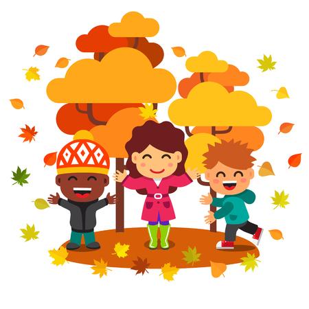arboles de caricatura: Niños de raza mixta que se divierten jugando bajo los árboles en el parque de oro del otoño con las hojas que caen. Estilo Flat ilustración de dibujos animados de vectores aislados sobre fondo blanco.