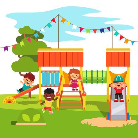 campamento: Kindergarten al aire libre parque tobogán con que juegan los niños. Estilo de dibujos animados ilustración vectorial plano con objetos aislados. Vectores