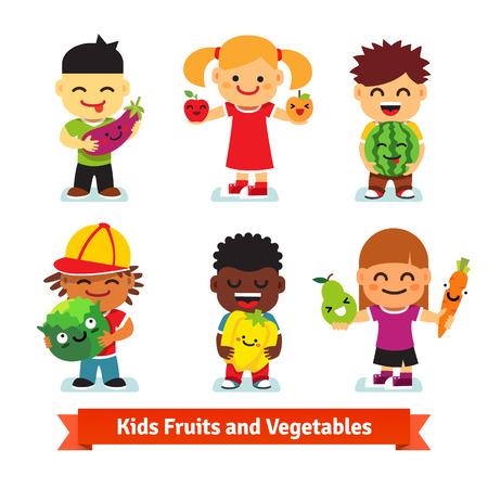 zanahoria de caricatura: Felices los ni�os sosteniendo sonriendo frutas y verduras en vivo con las caras. Los ni�os sanos concepto de alimentos. Ilustraci�n vectorial de estilo plano aislado en fondo blanco.